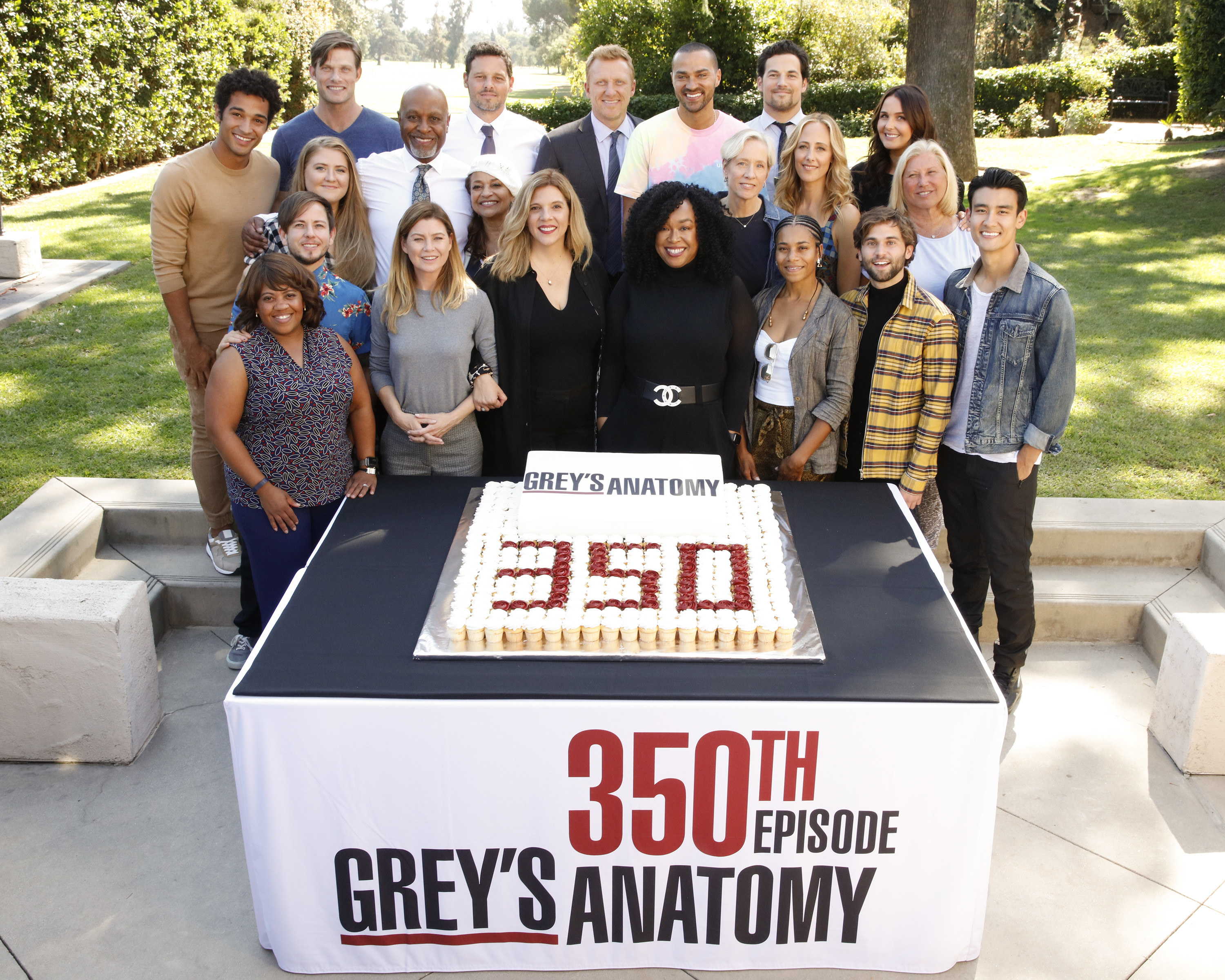"The cast of ""Grey's Anatomy,"" Shonda Rhimes, and Krista Vernoff celebrating 350 episodes"