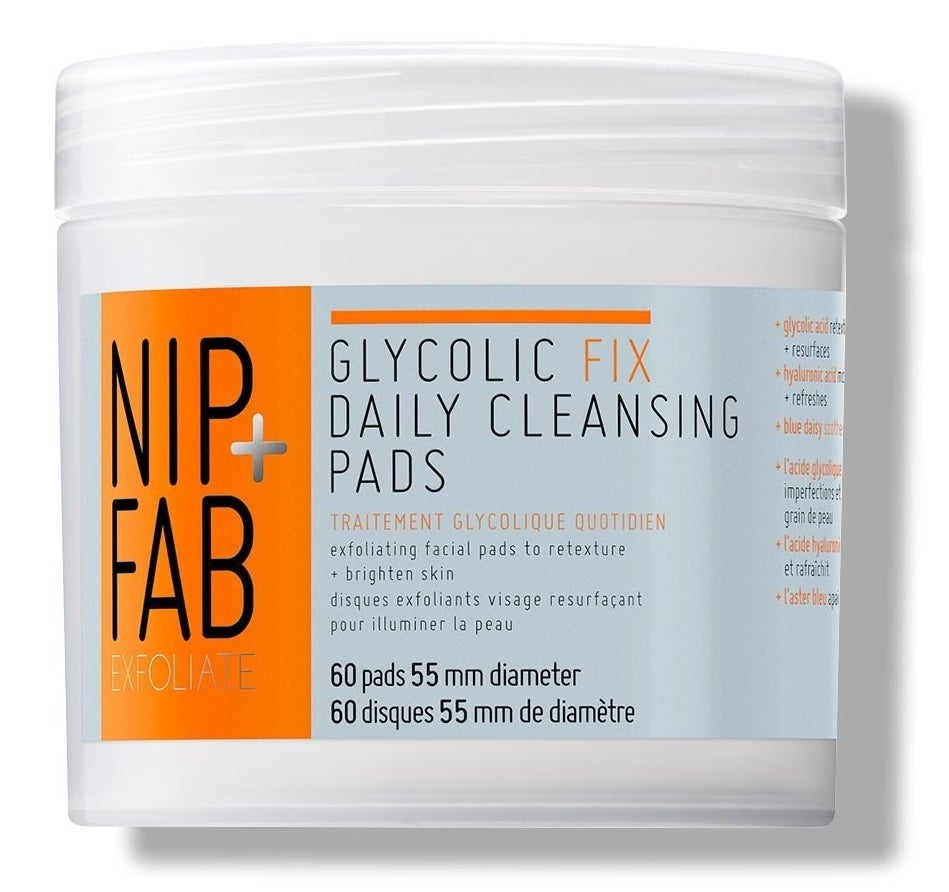 Product photo showing Nip + Fab daily cleansing pads