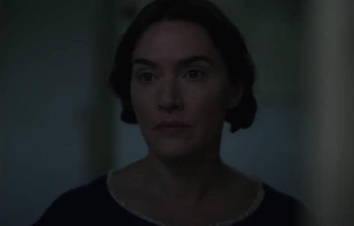 Kate Winslet looking wistfully at Saoirse Ronan