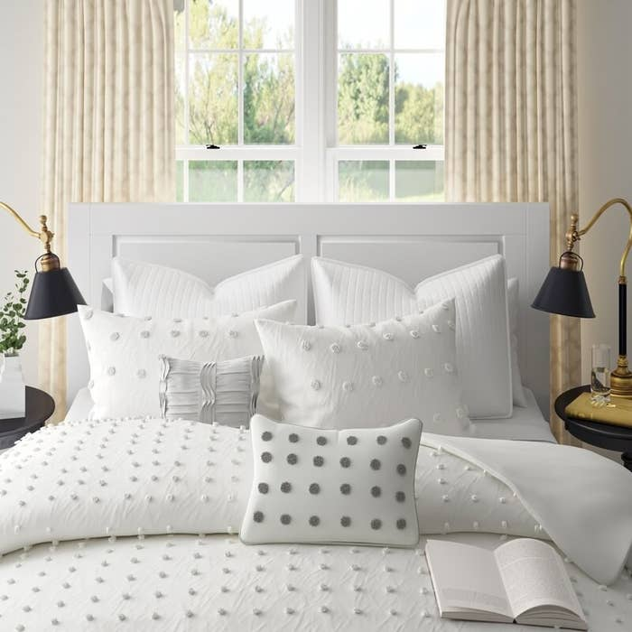 Eider & Ivory's Aiden 100% cotton seven-piece duvet set