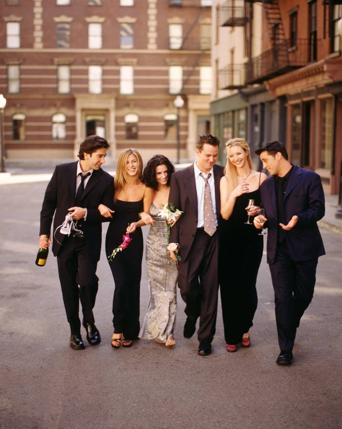 """The cast of """"Friends"""" in fancy clothes"""