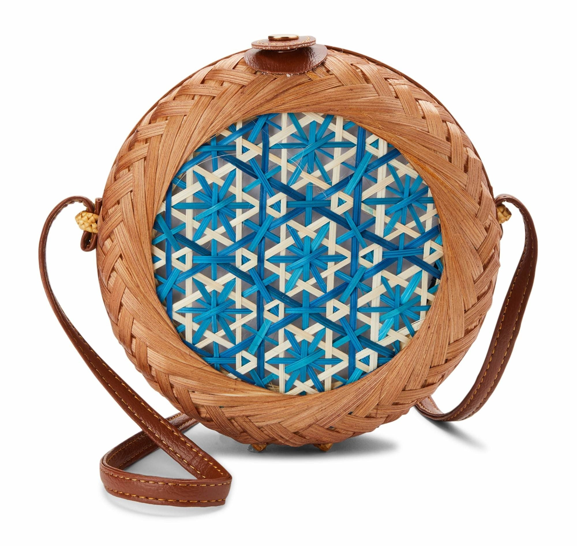 straw canteen bag with a blue pattern