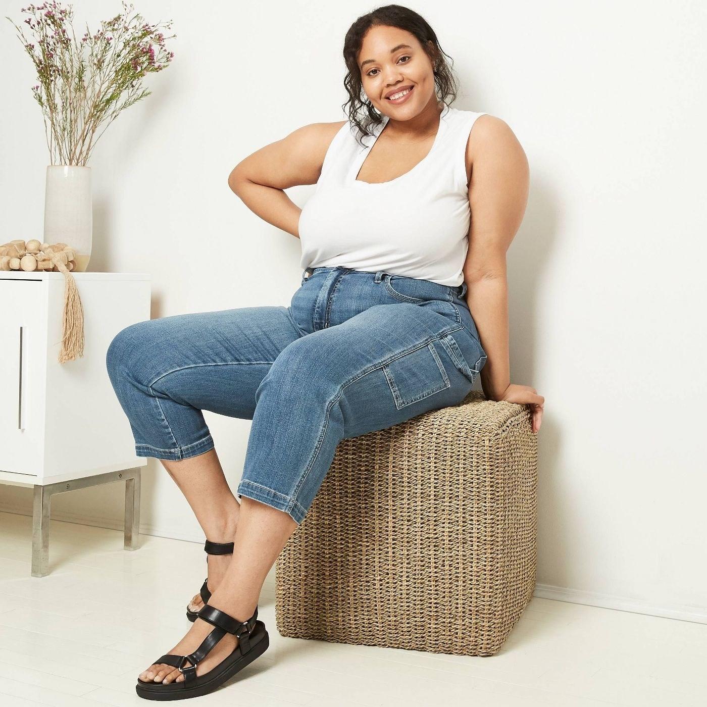 Model wearing carpenter jeans