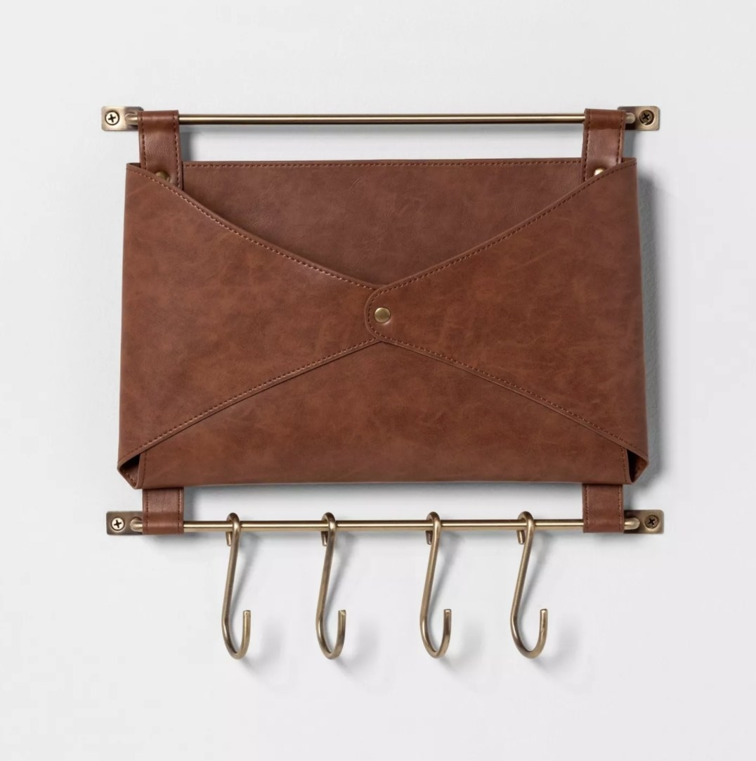 The leather mounted folio with four hooks