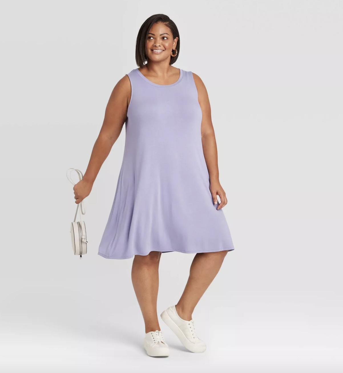 model wearing light purple dress