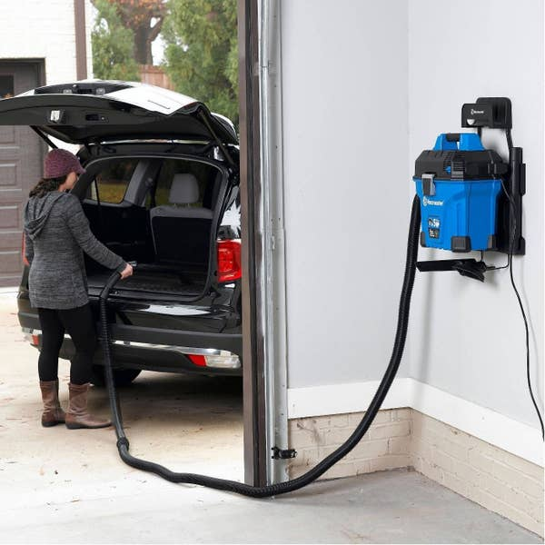 The mountable wet/dry vac with long hose