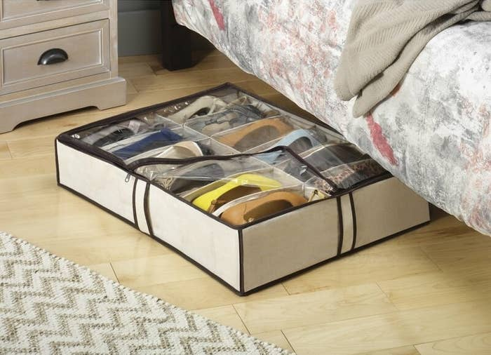 The storage bag used to organize shoes under bed