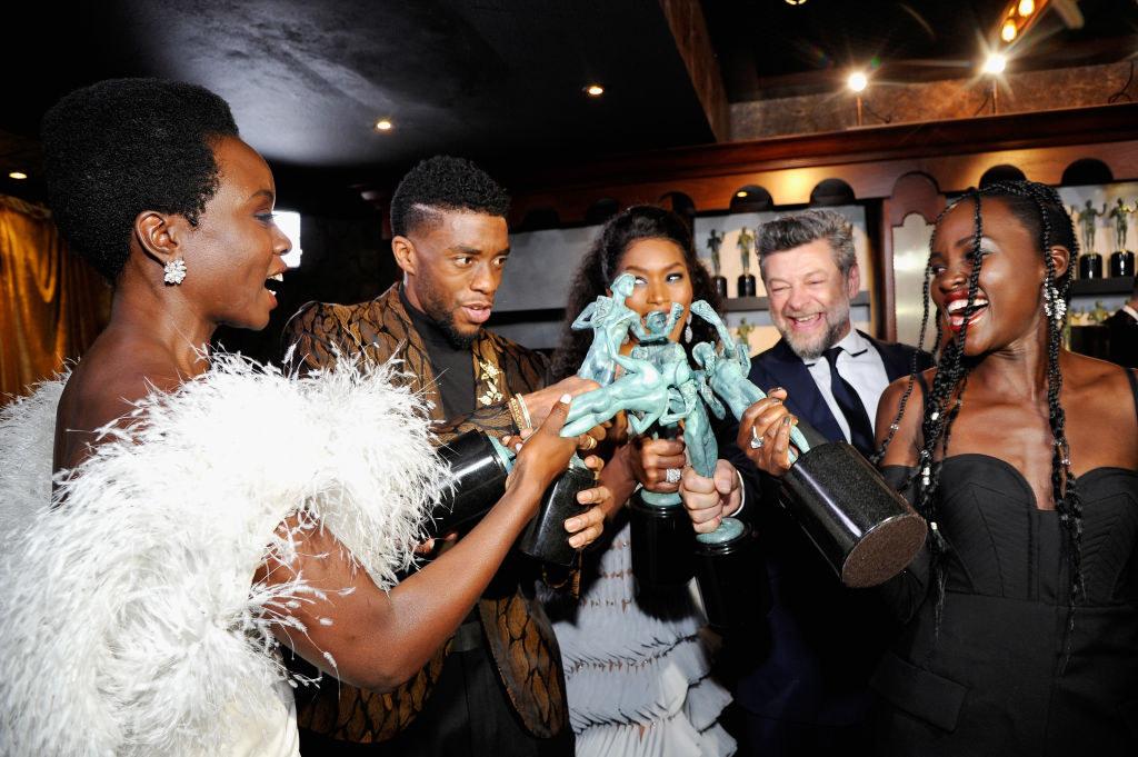 """""""Black Panther"""" cast celebrating with SAG awards after winning"""