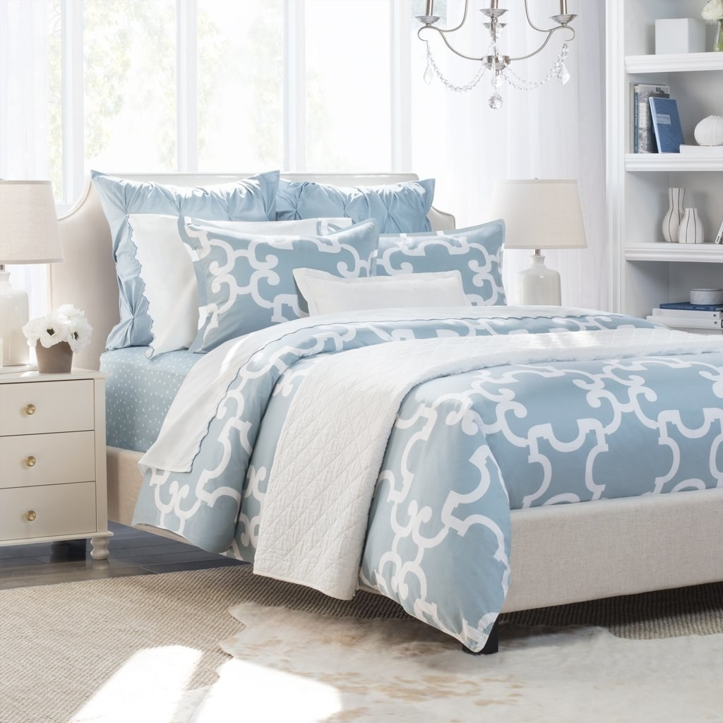 The patterned Noe duvet cover set in a dusk blue