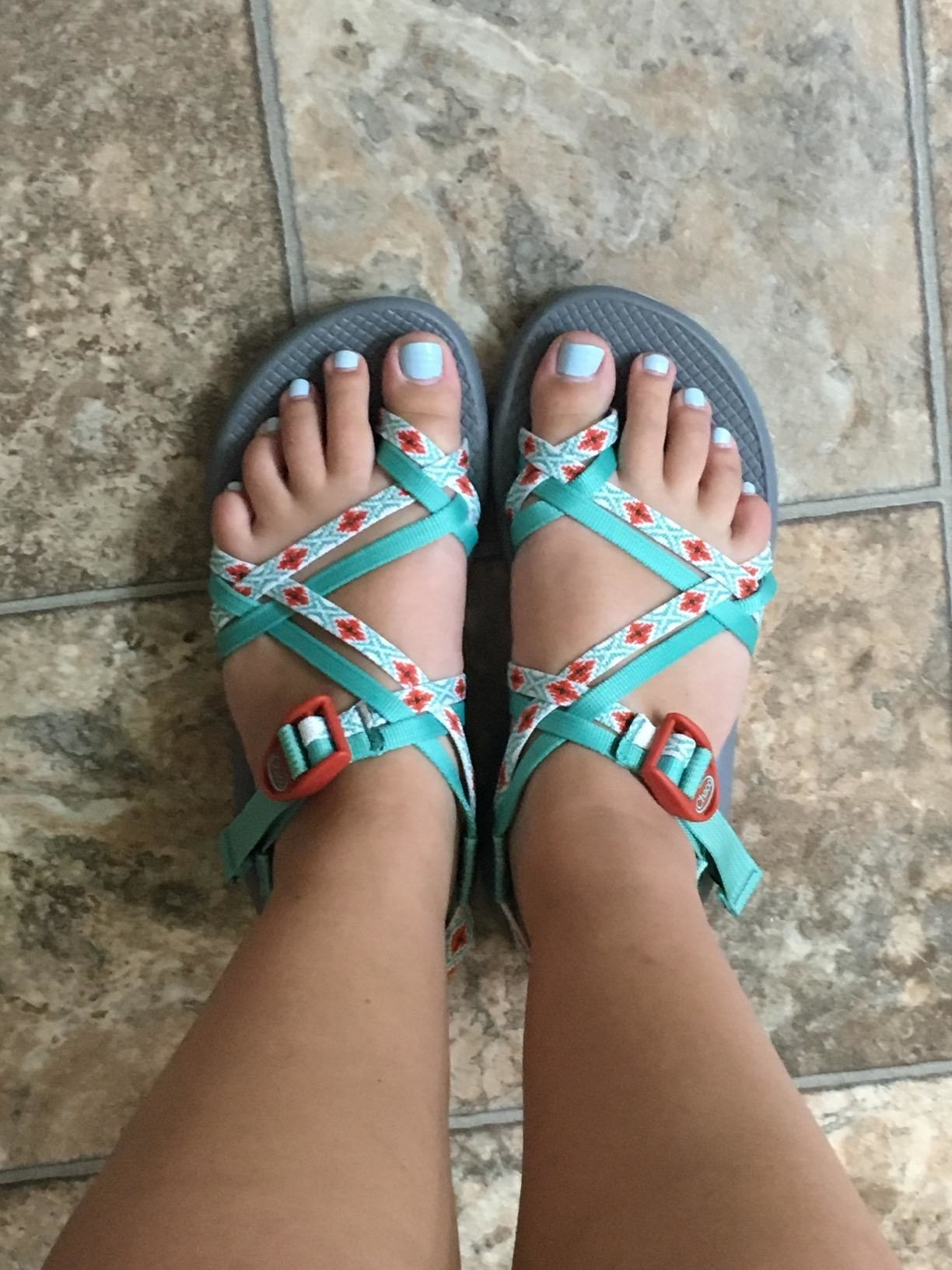 The Best Sandals For Flat Feet