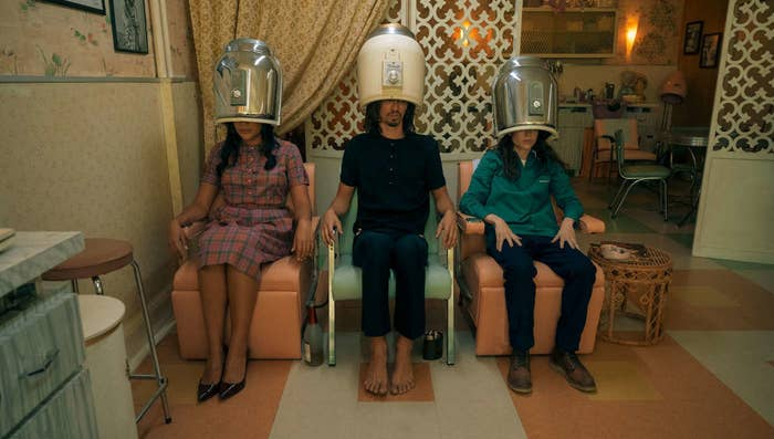 Allison, Klaus and Vanya sitting on chairs at a beauty salon