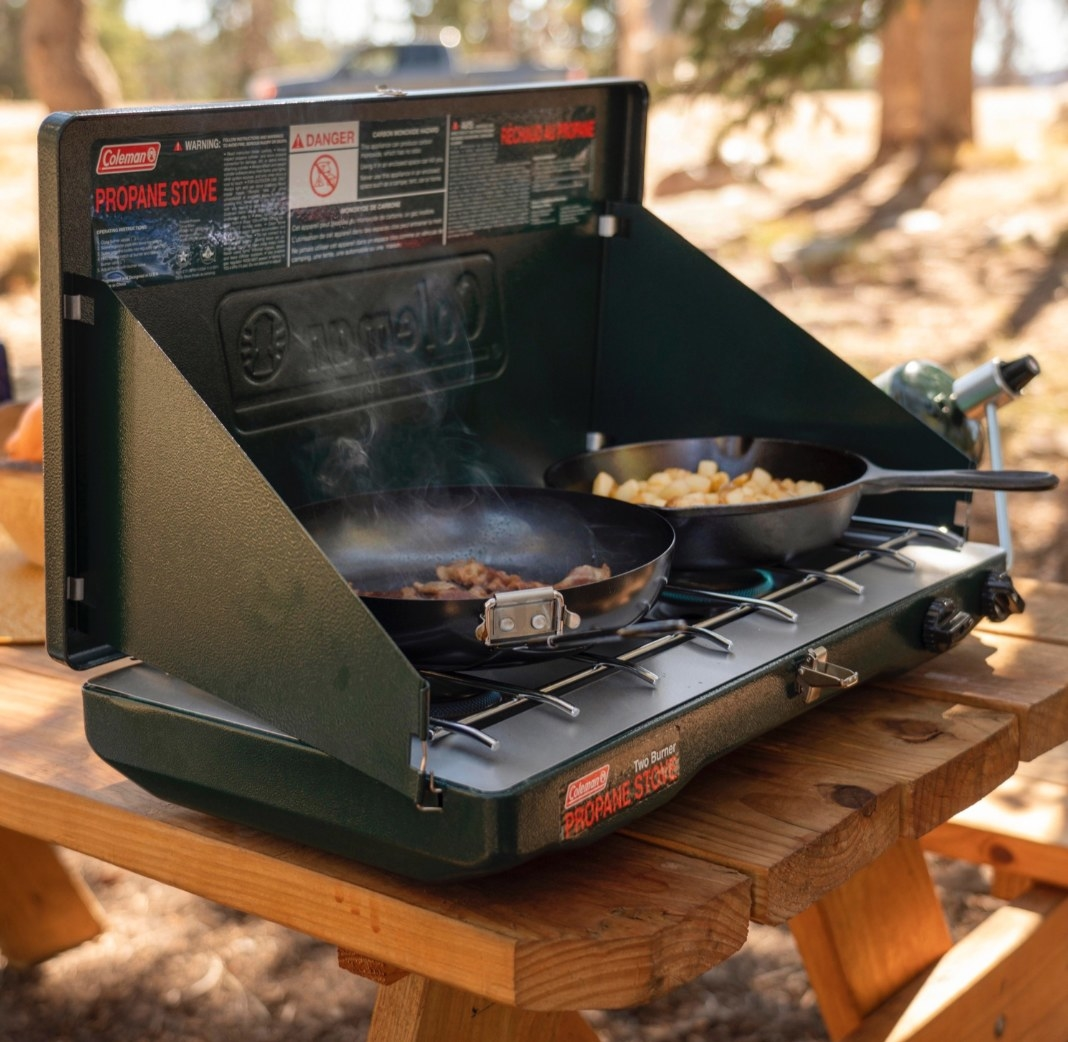 The portable gas stove