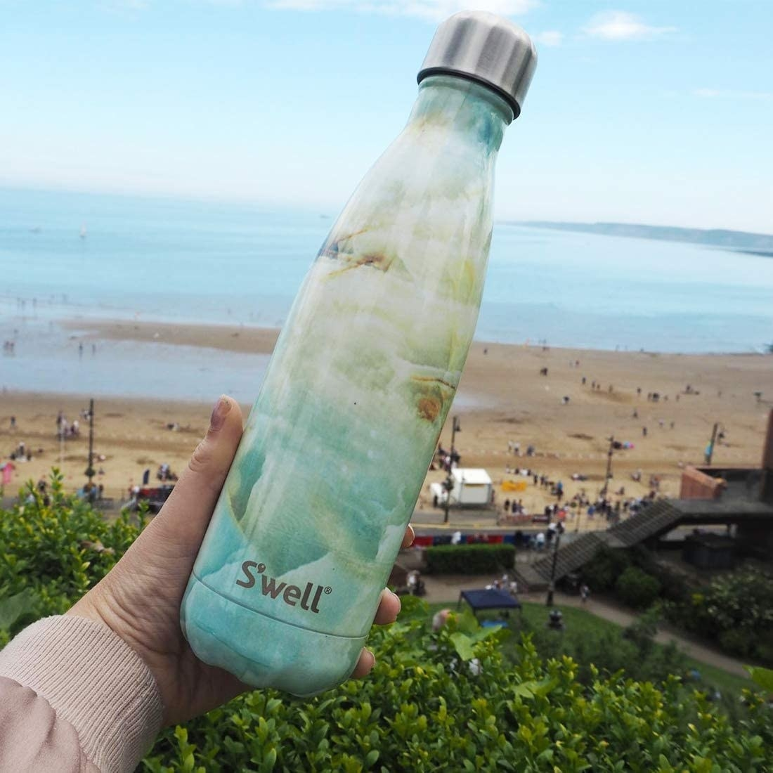 Reviewer photo of S'well stainless steel bottle with twist top in opal marble