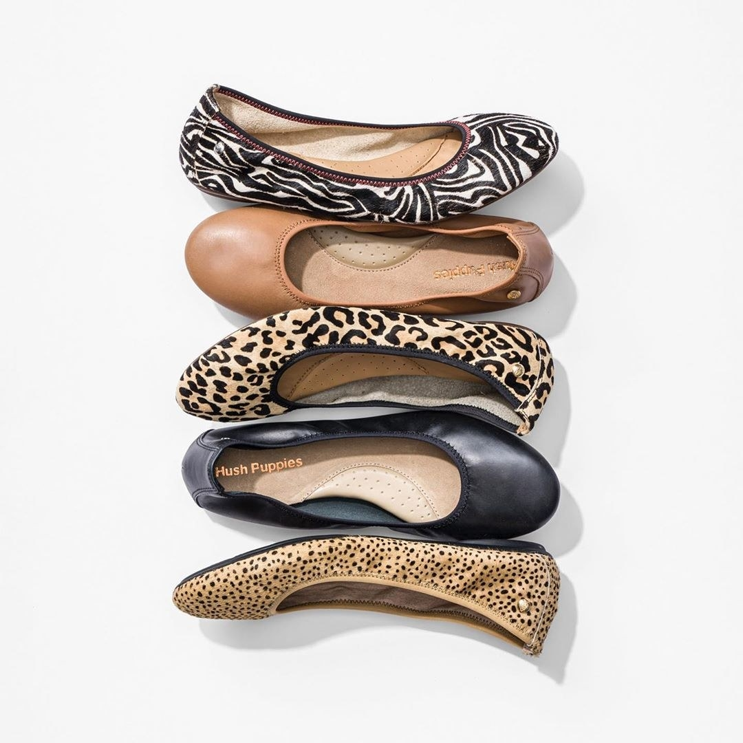 The elastic flats in multiple fabrics and patterns