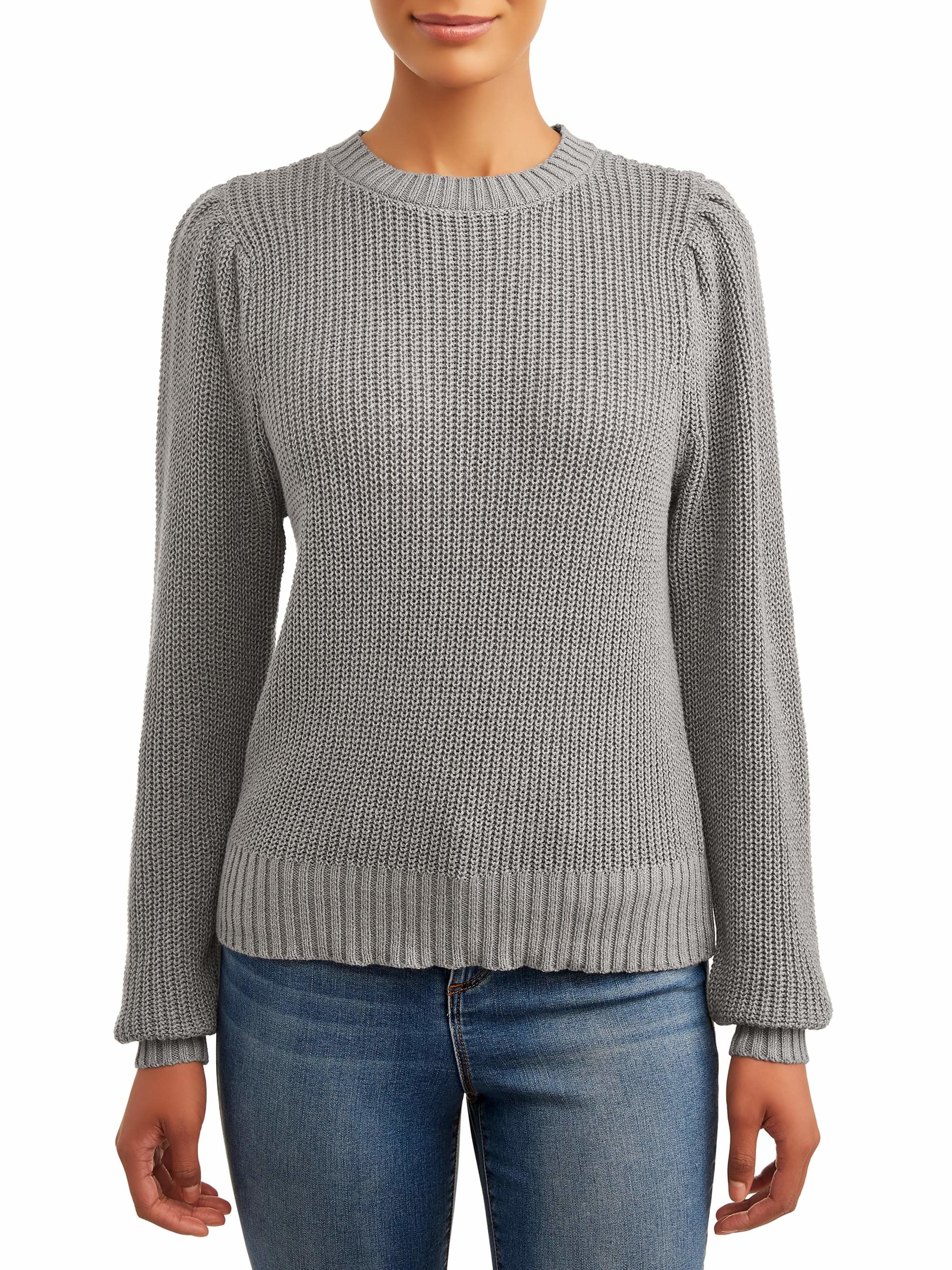 Model wears crewneck in medium grey heather