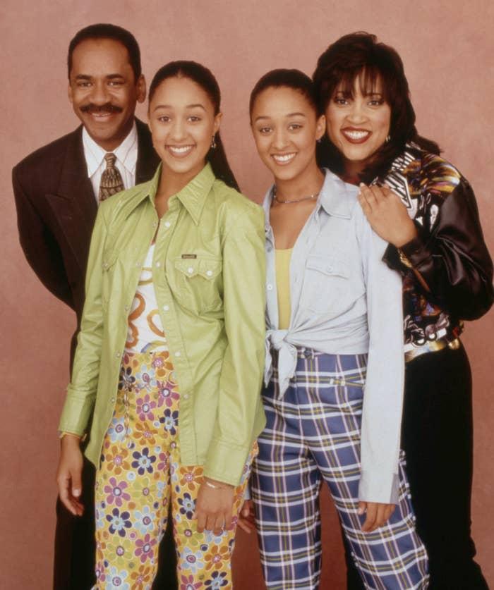 "Tim Reid, Tia Mowry, Tamera Mowry, and Jackee Harry pose as their ""Sister, Sister"" characters"
