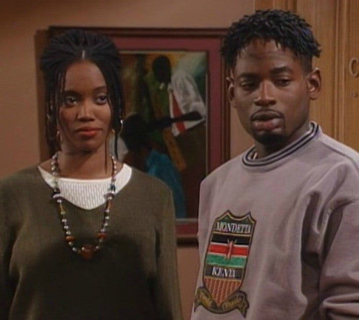 """""""Living Single"""" characters Max and Kyle looking in the same direction"""