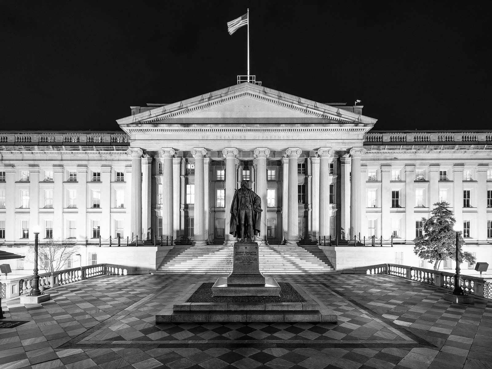 ESCÁNDALO!!!: El dinero sucio llega a los bancos más poderosos del mundo y  el gobierno de Estados Unidos lo permite. | Cubano y punto