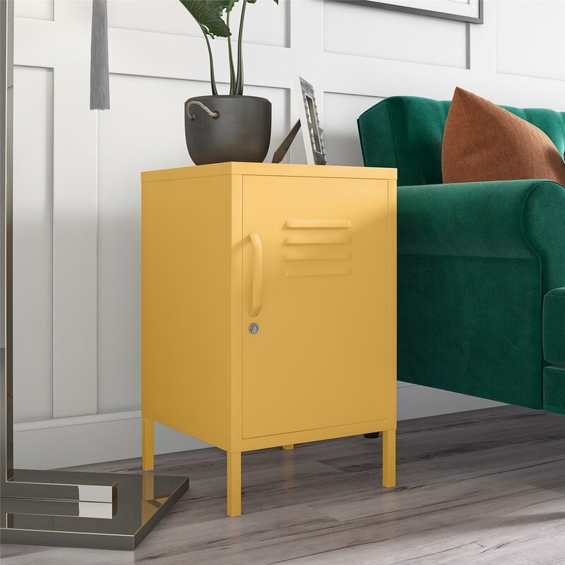 the end table in yellow