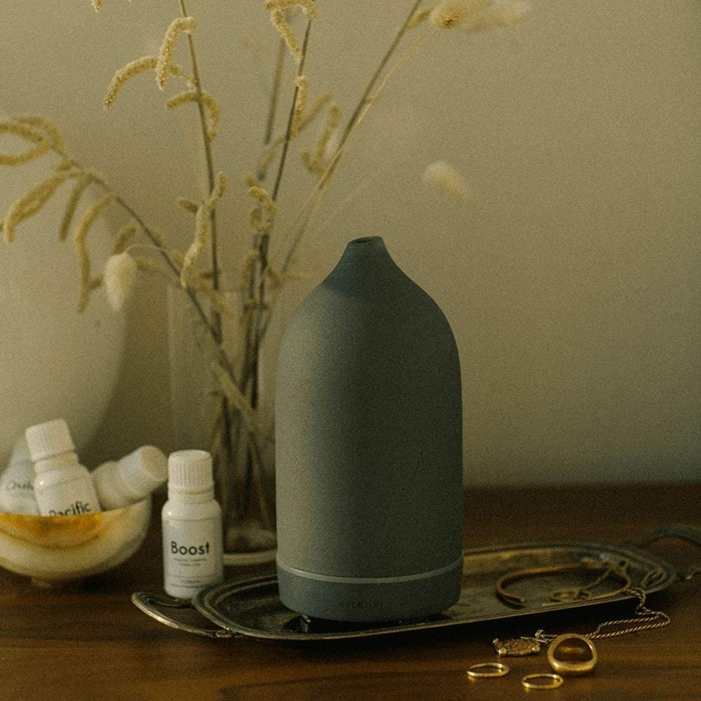 Stone diffuser in gray with tapered end