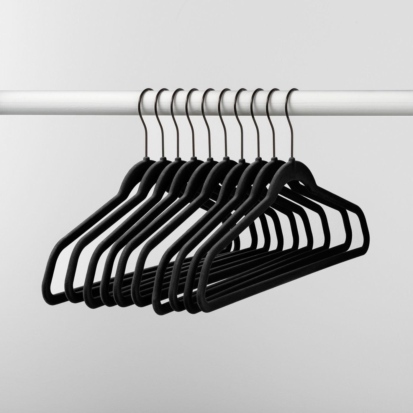 10 black nonslip velvet hangers