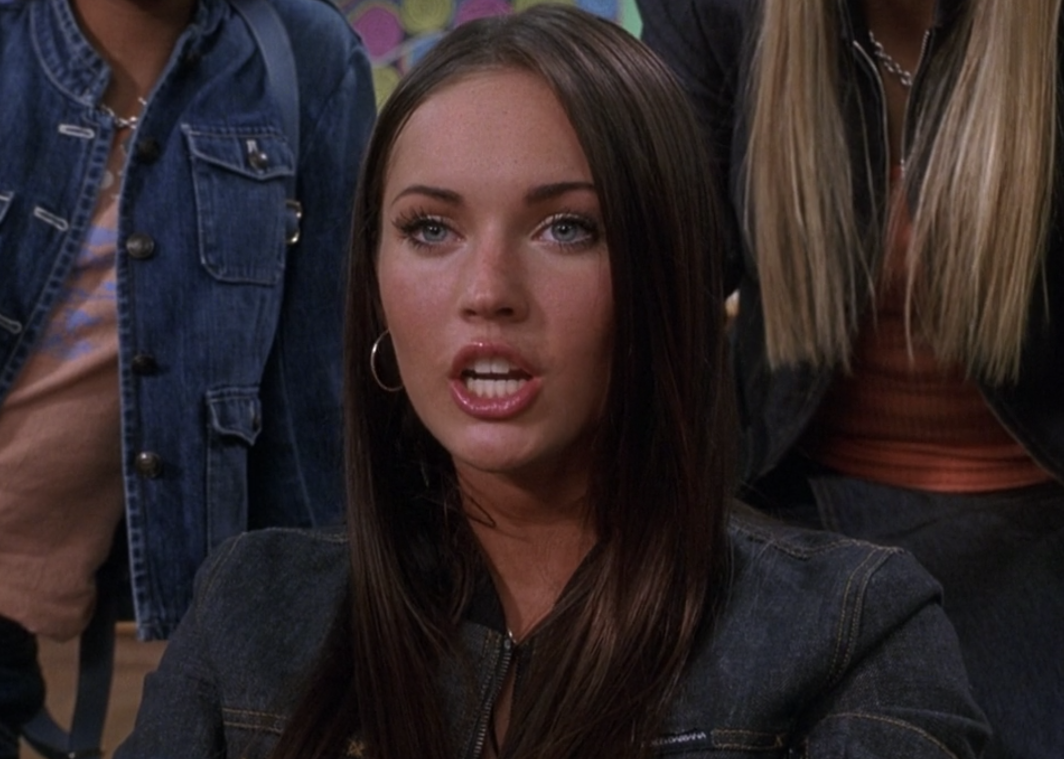 Megan Fox argues with Lola as Carla