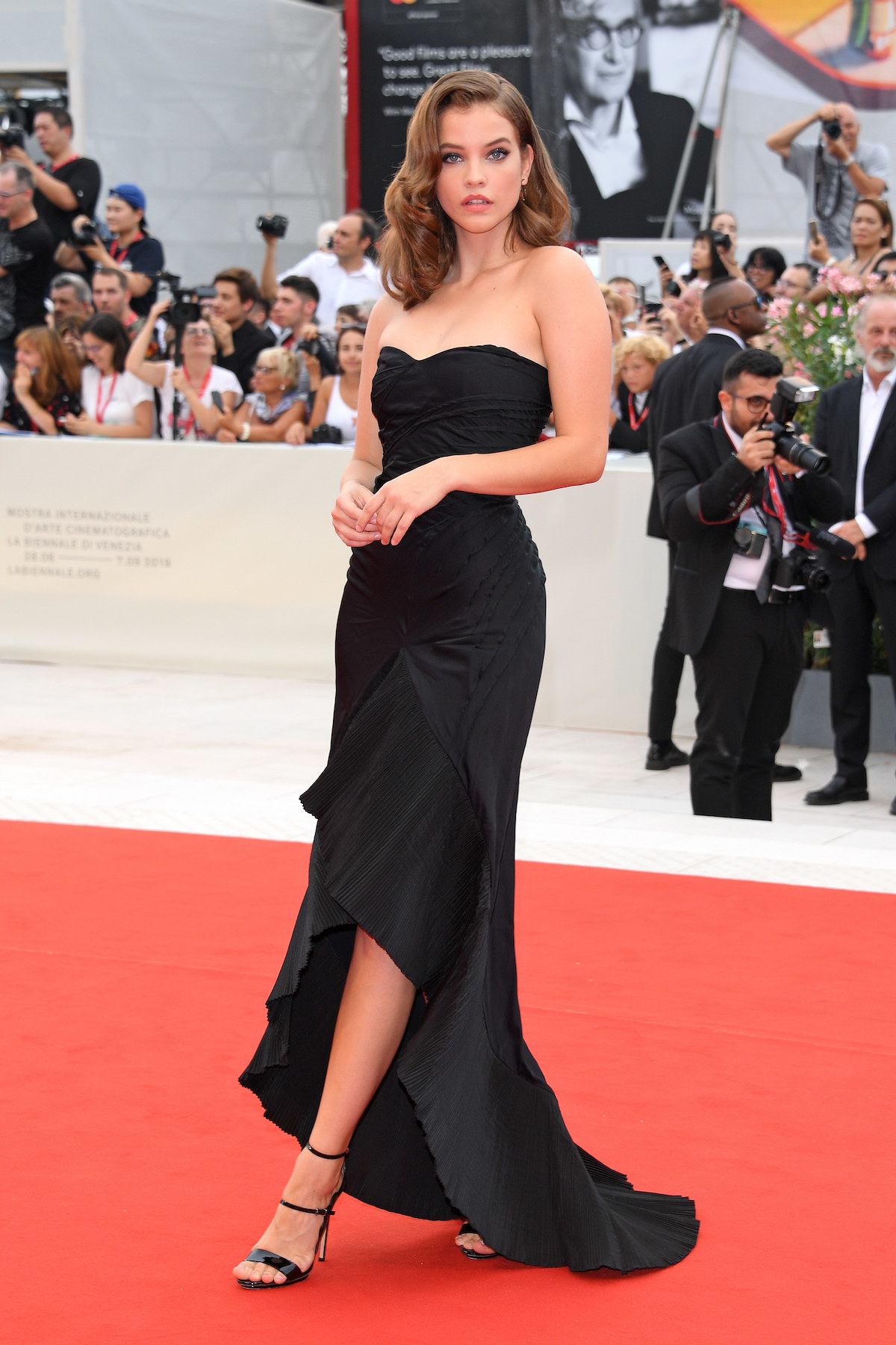 arbara Palvin walks the red carpet ahead of the Opening Ceremony.