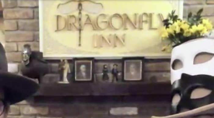 Dragonfly Inn sign