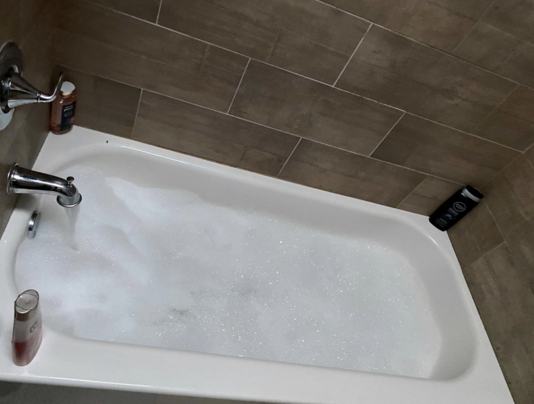 Reviewer image of foamy bath tub