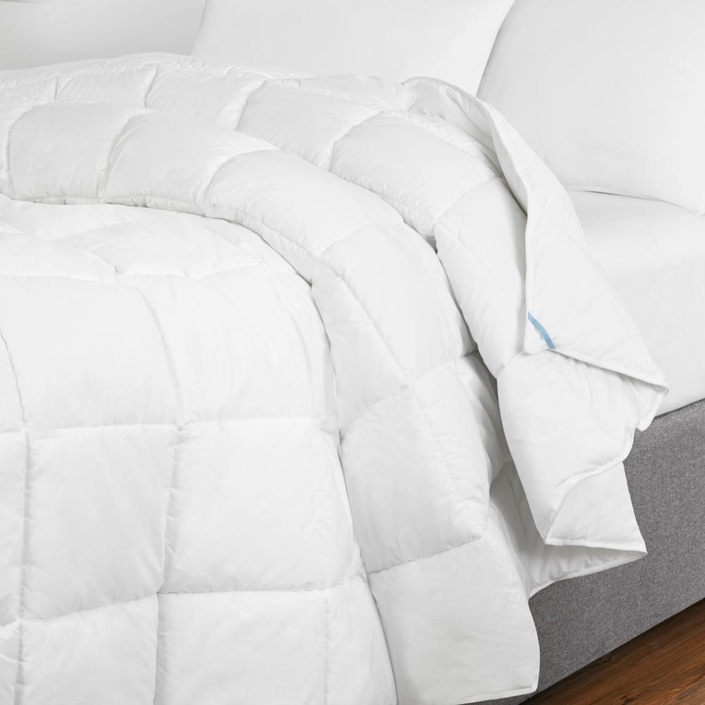 The puffy quilted duvet insert in white