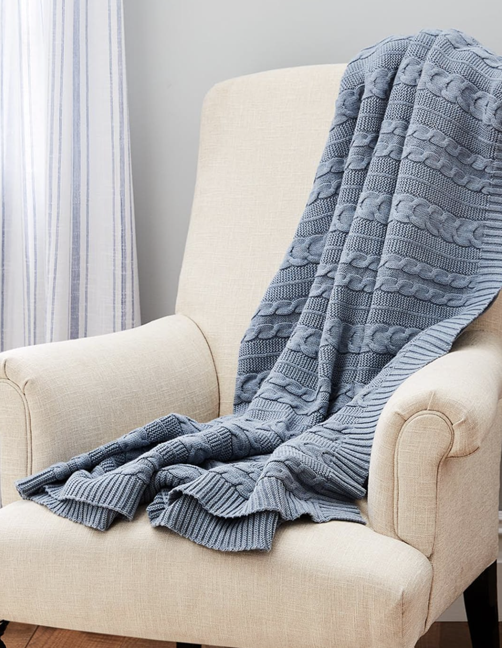 the throw blanket