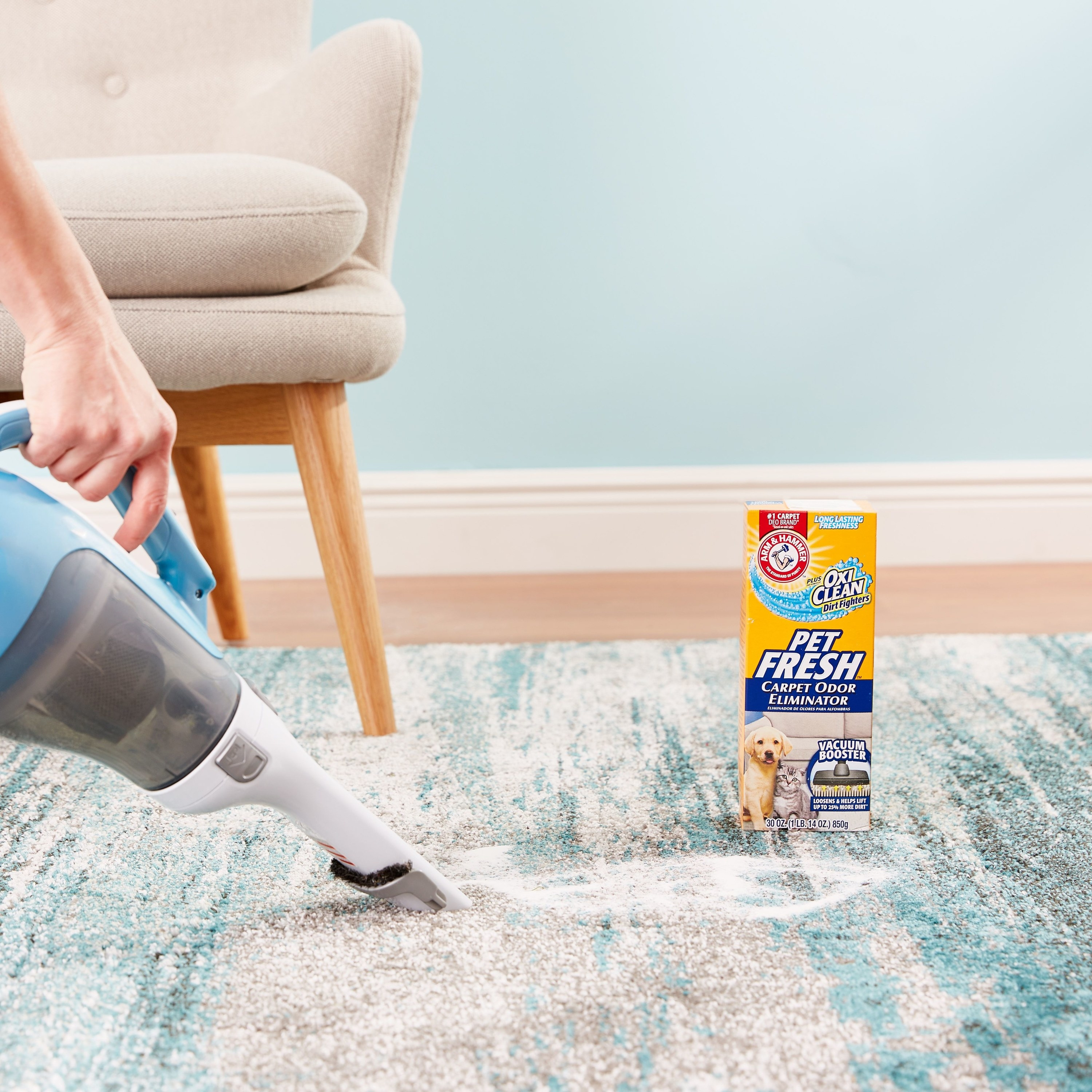 Model vacuuming rug with the cleaning solution