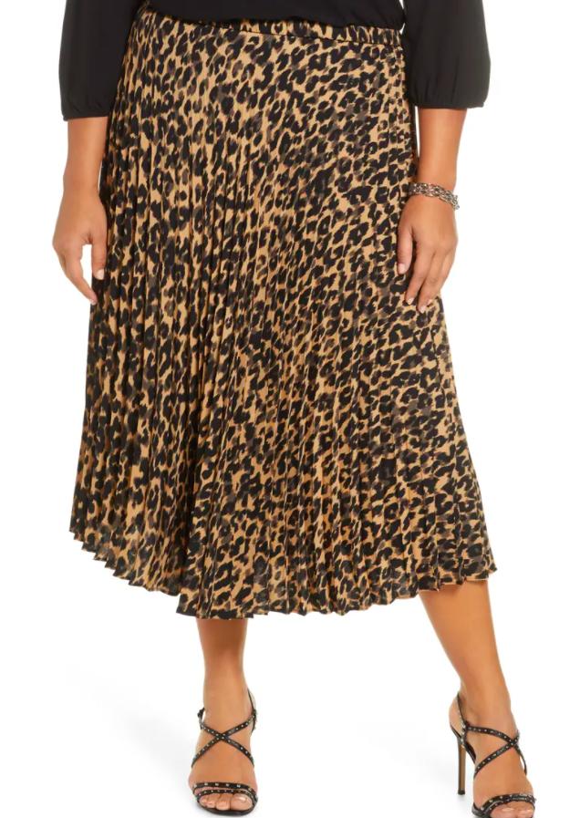 the skirt in animal print