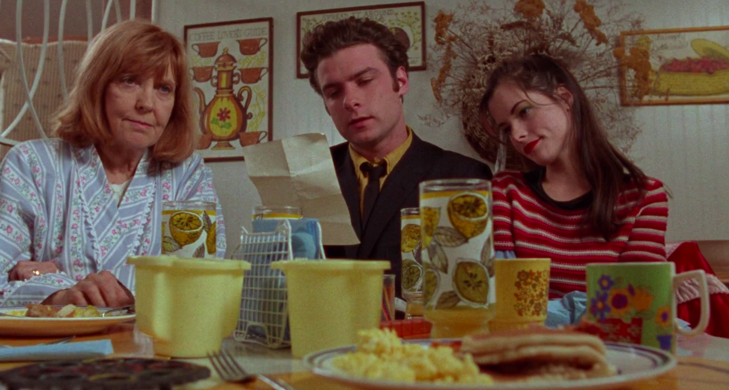 """Anne Meara, Liev Schreiber, and Parker Posey in """"The Daytrippers"""""""