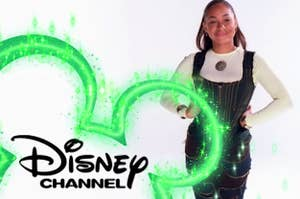 "Raven Symoné doing the ""Hi, I'm Raven from That's So Raven and you're watching Disney Channel"" intro"