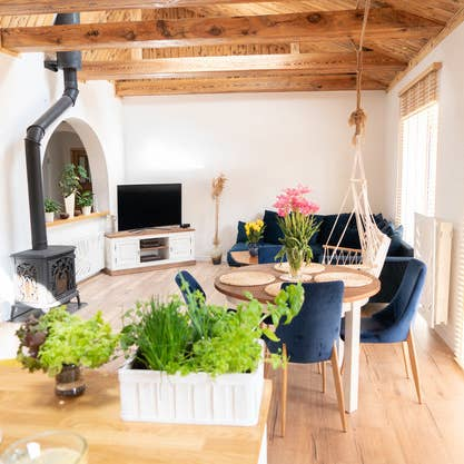What Interior Design Style Should You Decorate Your Home In