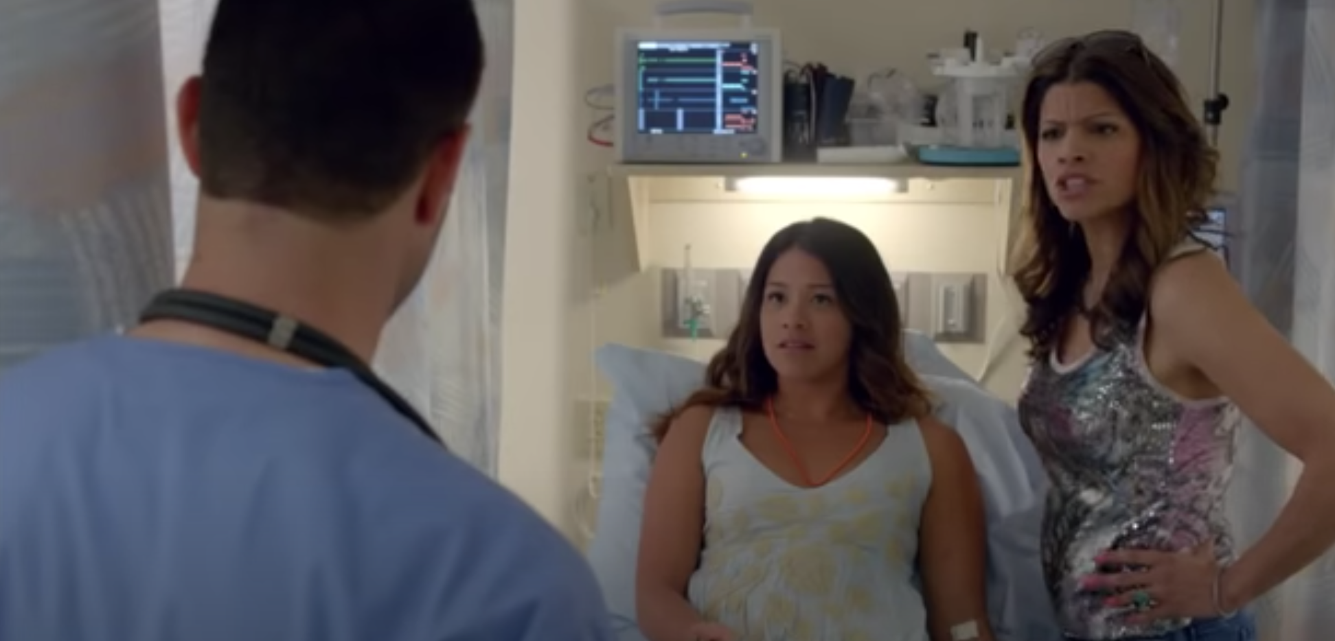 Jane and her mom at the doctor's office in Jane the Virgin