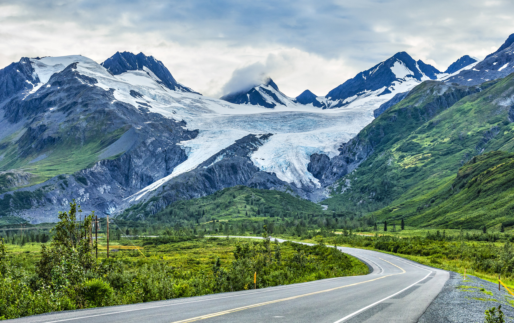 windy Richardson Highway in Alaska. In the background is Worthington Glacier.