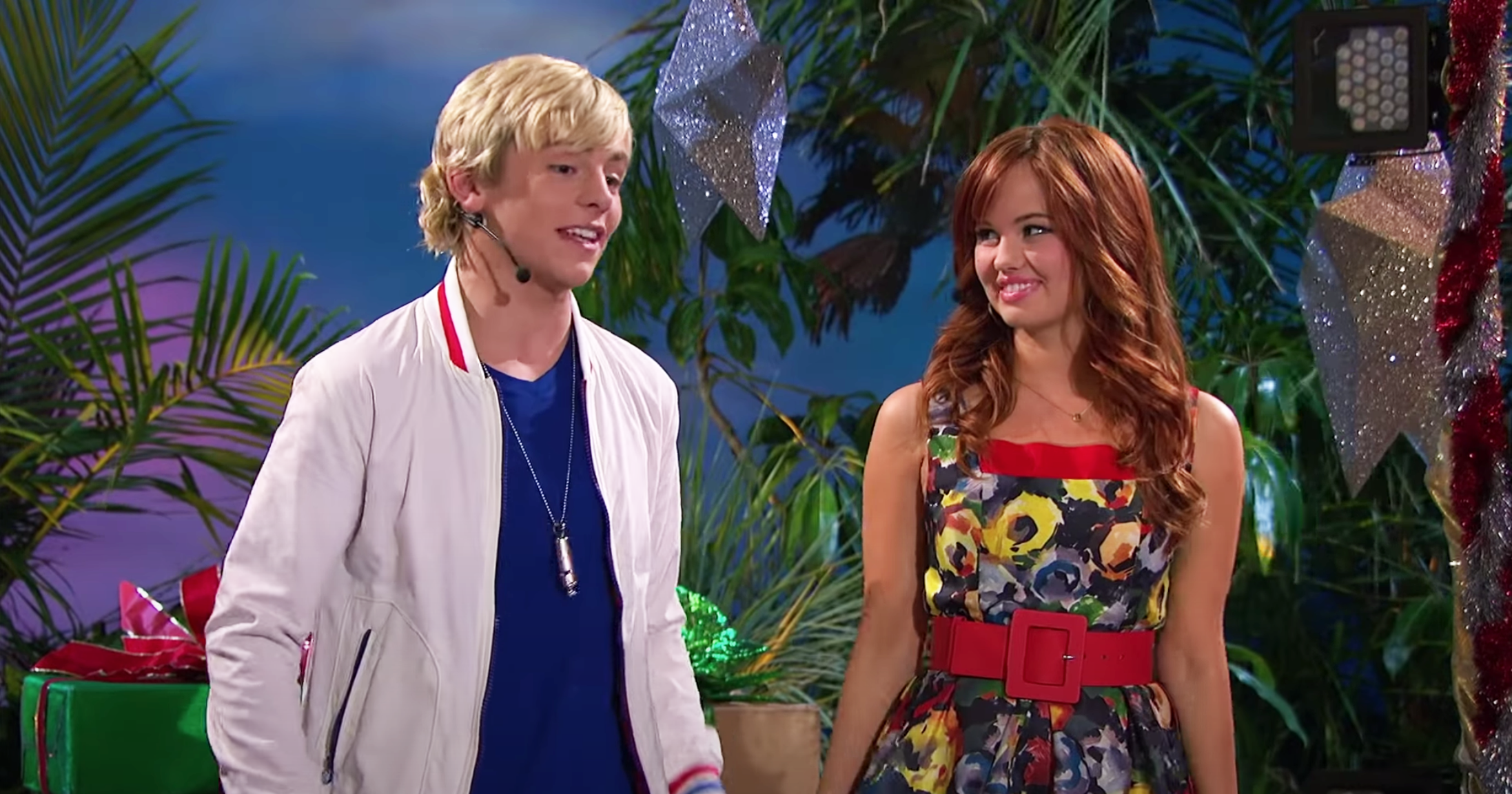 "Austin from ""Austin & Ally"" and Jessie from ""Jessie"" on stage before a performance"