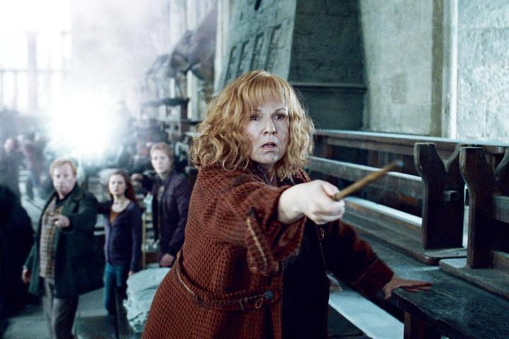 Molly Weasley casting a deadly spell on Bellatrix LeStrange