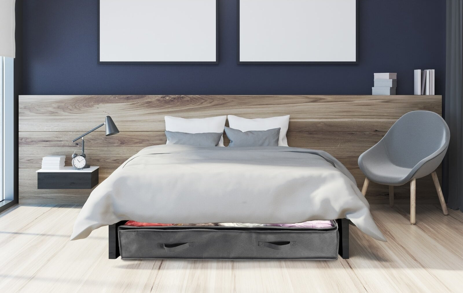 The storage set with handles to pull out, under a bed