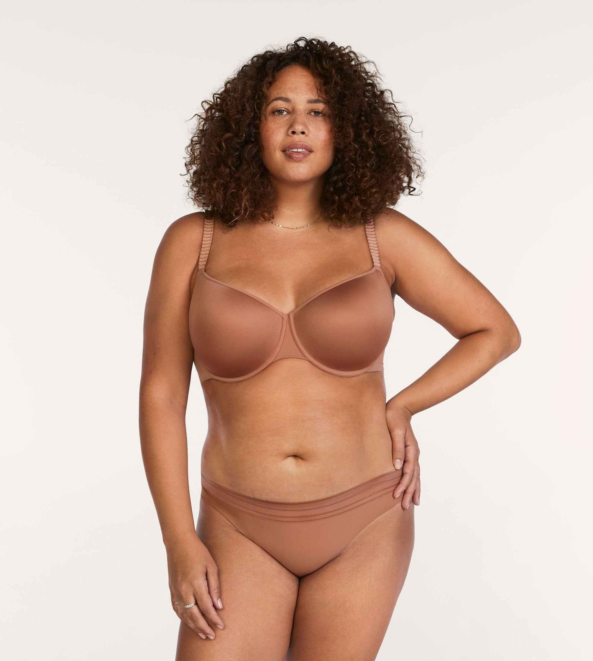 Model wearing bra in Mocha
