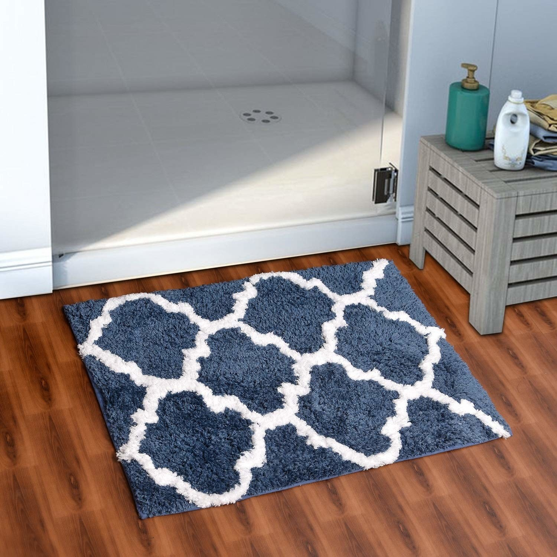 A bathroom mat