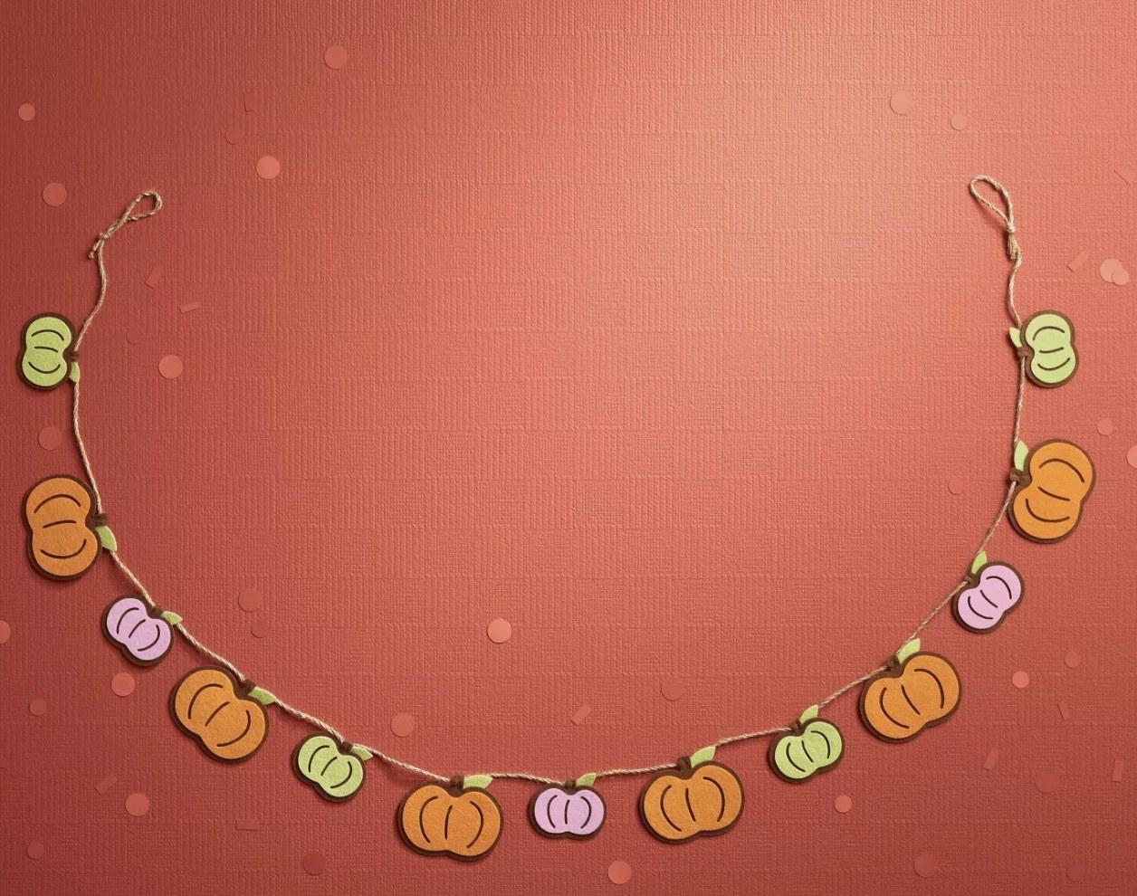Felt pumpkin harvest garland