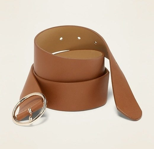 The belt in cognac brown