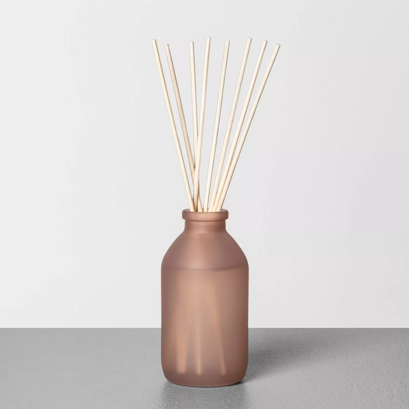 The diffuser with several reeds