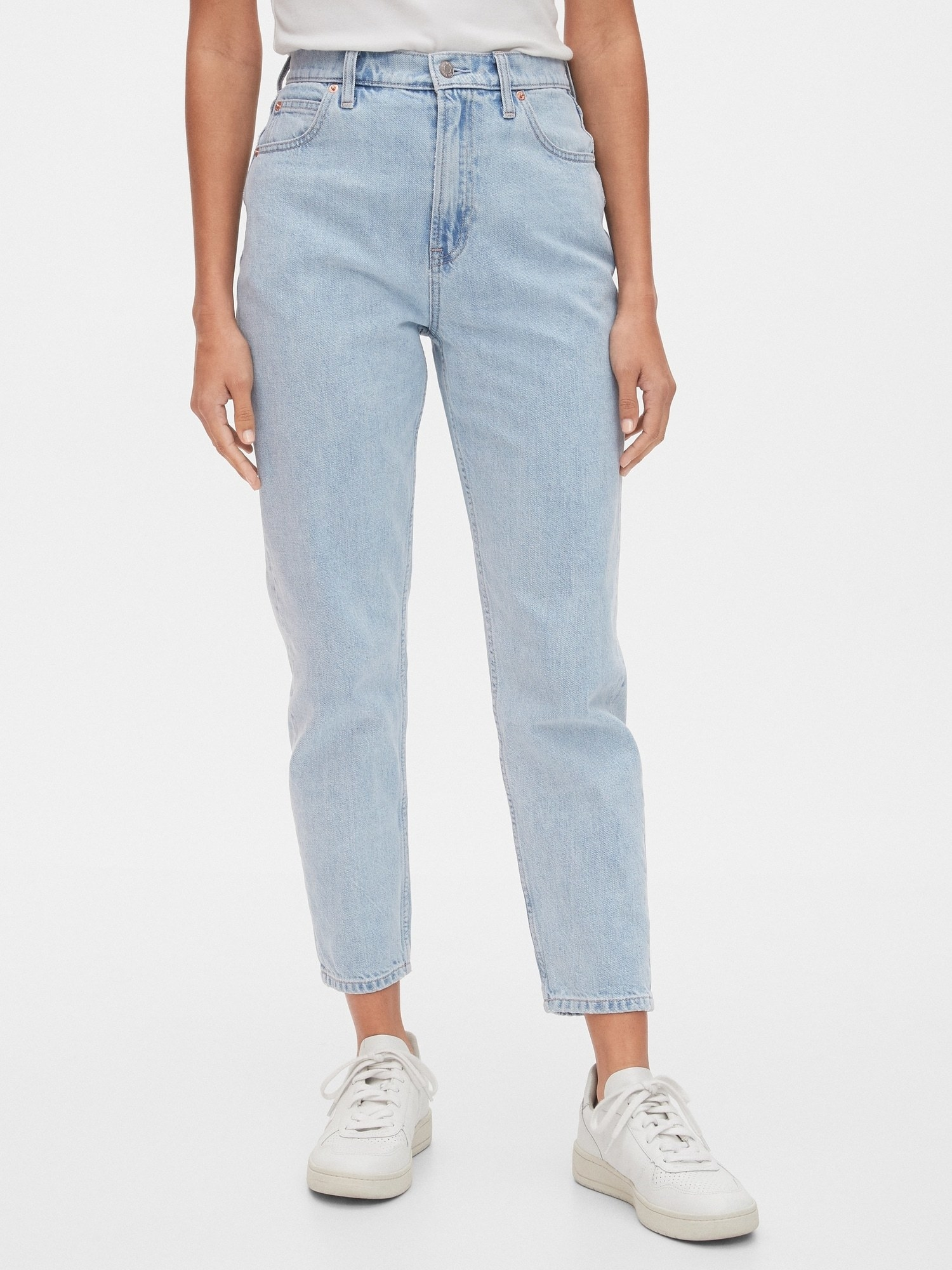 The high rise straight-leg jeans in a light wash