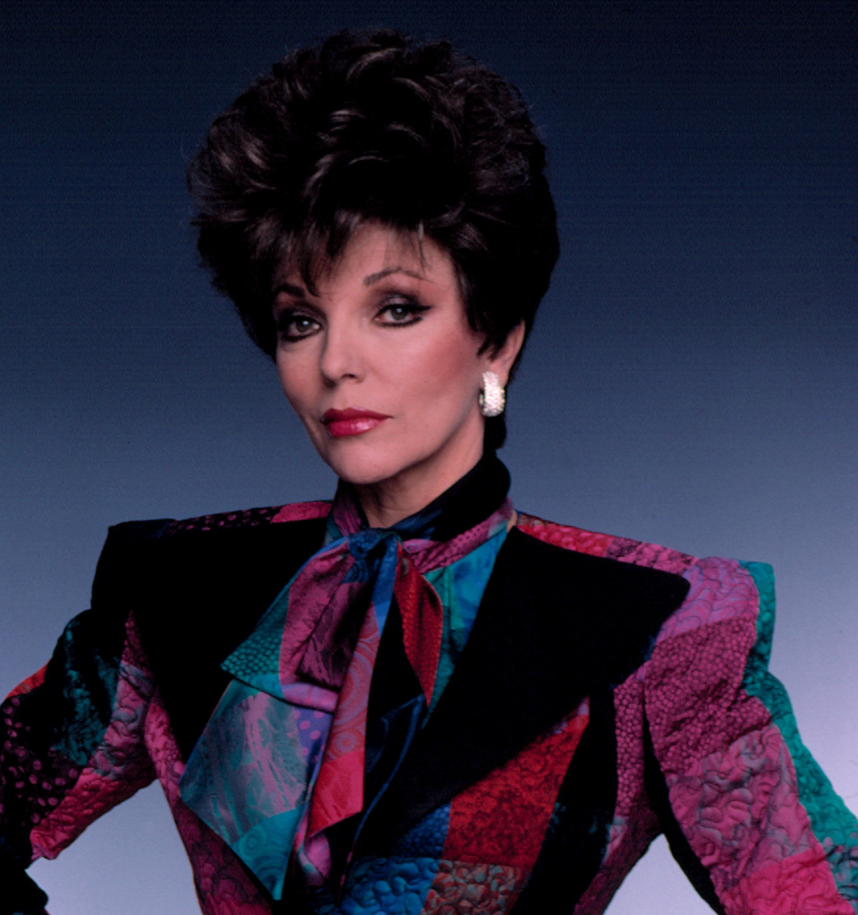 A publicity photo of Joan Collins as Alexis Carrington