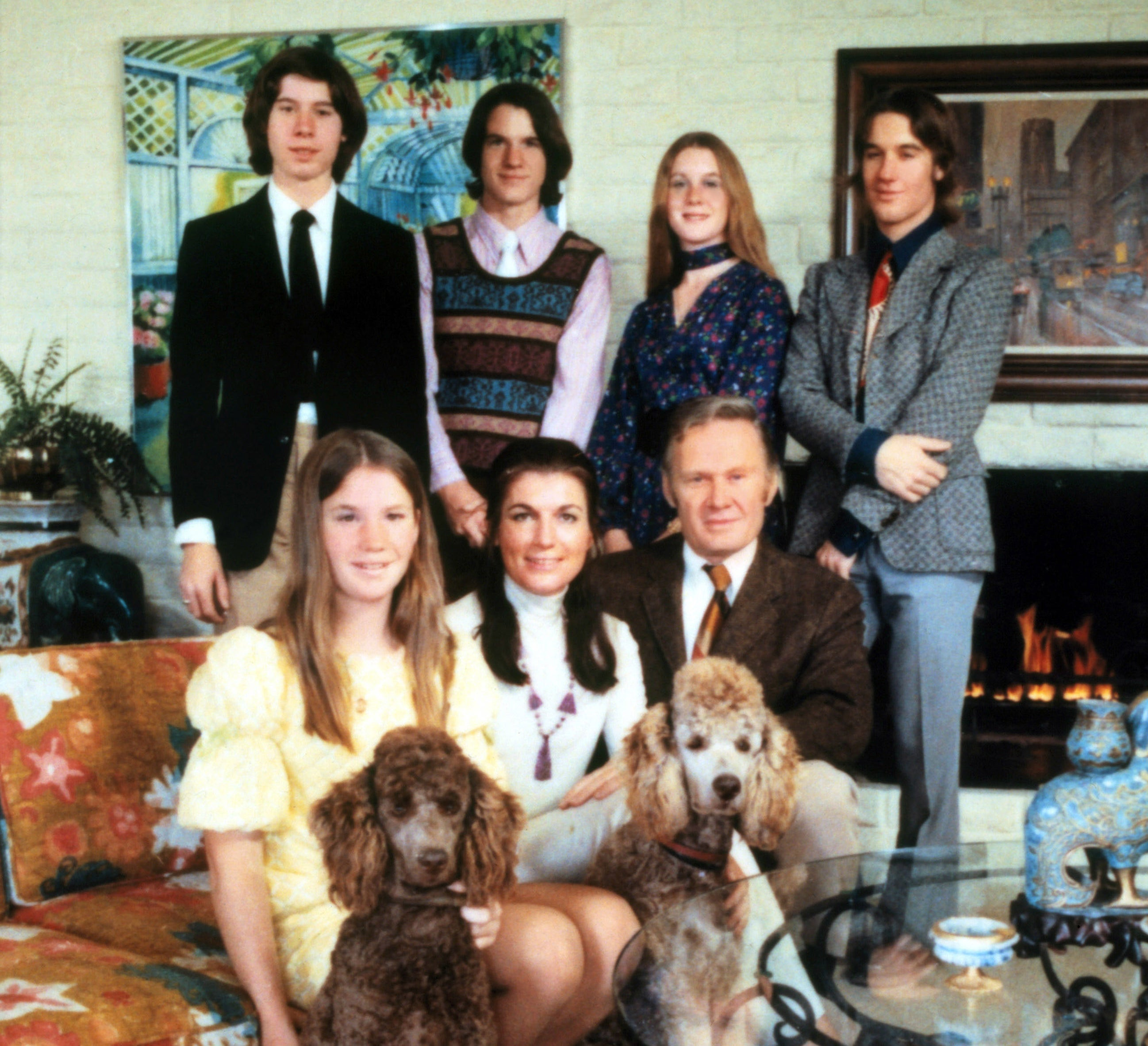 A promotional photo of the family from An American Family