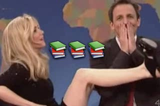 Kristin Wiig wrapping her legs around Seth Meyers on SNL